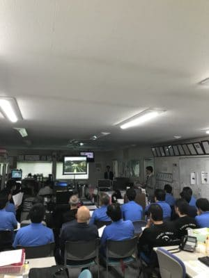 大阪の安全運転講習会風景